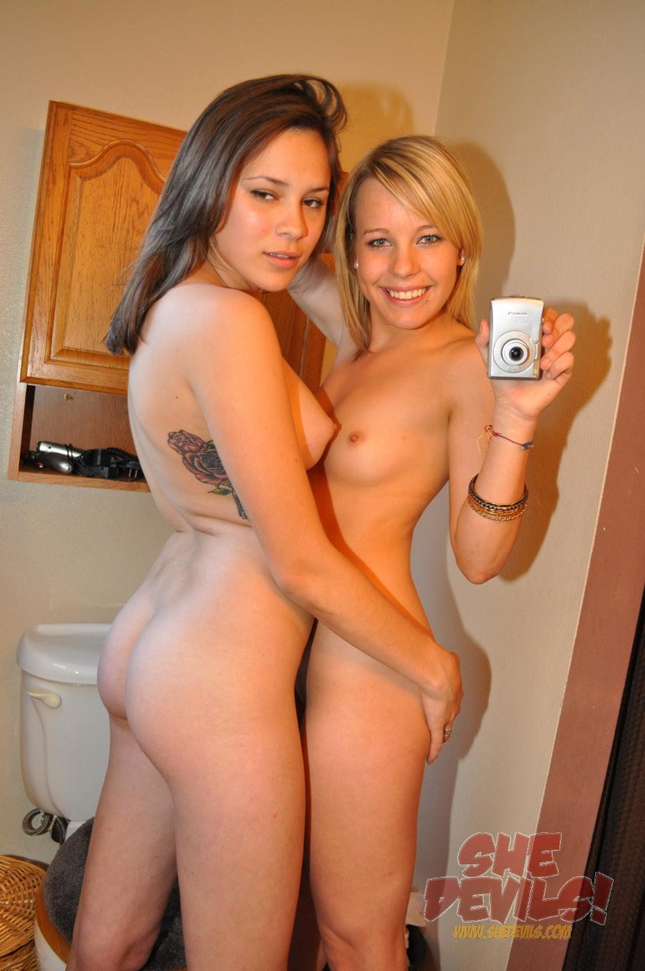 nude pics of gilrs