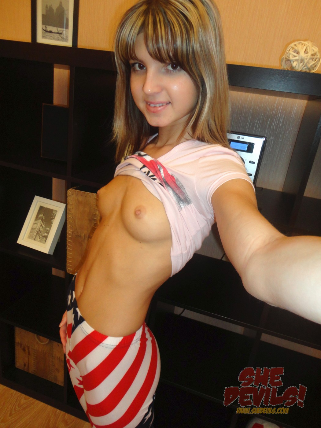 thin teen galleries xxx