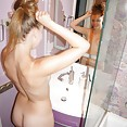 Teen dream girl Liliana nude in the bath - image