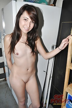 Skinny and sexy California girl next door nudes