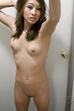 California wild girl Ariel shows off her self shot body