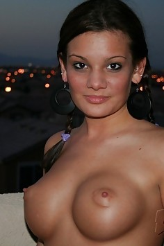 Vegas girlfriend katie shows off her perky breasts