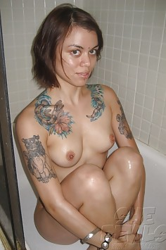 Emo tattoo tough girl plays nude in the shower