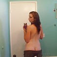 Sexy self shot mirror girl sent these pics to her boy friend - image