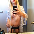 Goth girls looks incredible in her iphone self pics - image